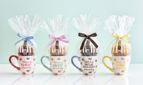 4 individually gift-wrapped mugs with bundlets
